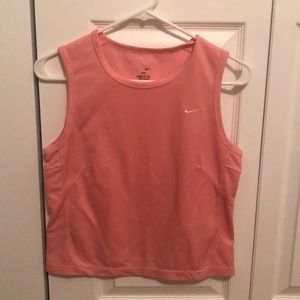 🌻 3/$15 Peach Cropped Nike Tank Top!
